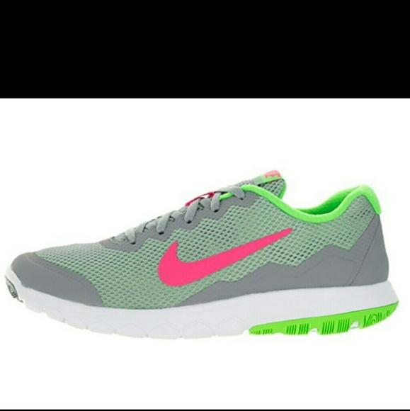 31c0f3278d581 Nike Flex Experience RN 4. M 5bbdecbac2e9fe003043b3aa
